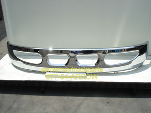 International / Navistar 4200, 4300, & 4400 Redeisgned Bumper: 2002 to Current