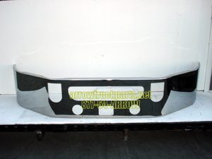 Mack CXU613 SBA Bumper: Chrome W/ Fog Light Holes