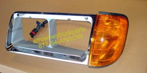 Freightliner FLD120 / FLD112 Headlamp Bezel W/ Turn signal- Left