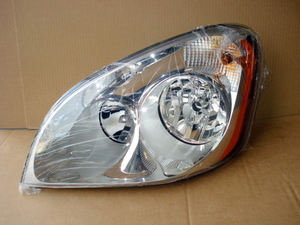 Freightliner Cascadia Headlamp: Left
