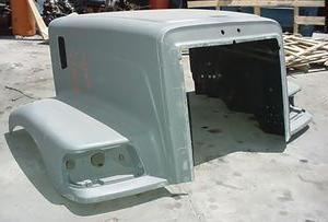Peterbilt 385 Long / 377B Redesigned Hood