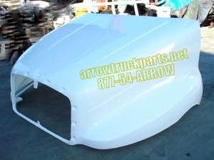 Kenworth T2000 Hood: New Aftermarket Fiberglass