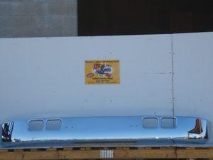 International 4700, 4900, 7100, & 8100 Chrome Bumper. Fits '89 to '02