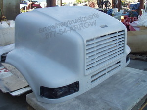International / Navistar 7100 & 8100 Hood