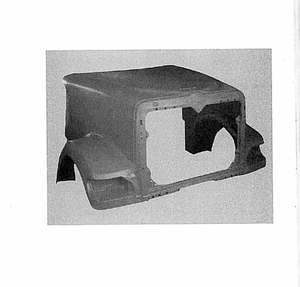 International / Navistar 9900ix Hood: w/ No Breather Cut Outs. Redesign