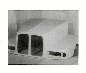 Kenworth T600 Hood: '90 to '95
