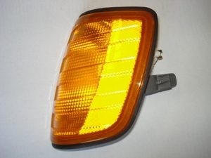 Freightliner FLD120 & FLD112 Turn Light- Left