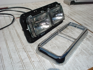 Kenworth, Freightliner Classic Headlamp Assembly
