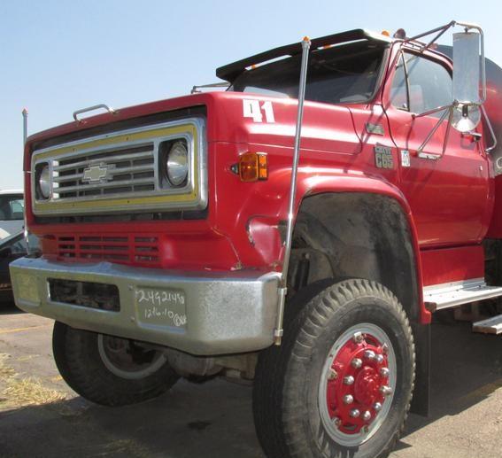 GMC & Chevrolet 7000, C60, C65, & C70 Bumper: 1973 to 1988
