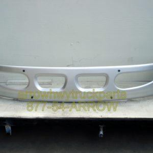 International / Navistar 8600 Bumper.Painted Large Tow Holes